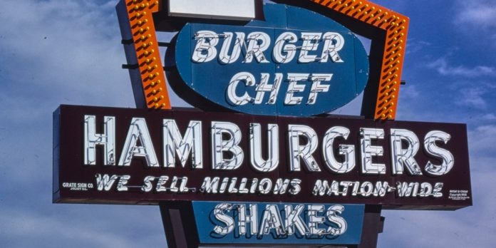 12 iconic restaurant chains that no longer exist in America