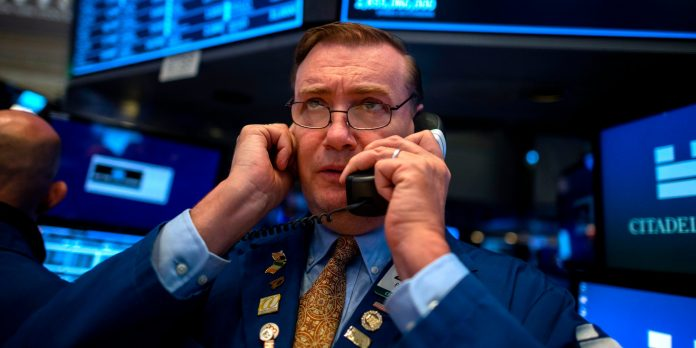 One Wall Street expert says stocks could plunge 20% in the next 2 months — and reveals 4 trades investors should make before the collapse