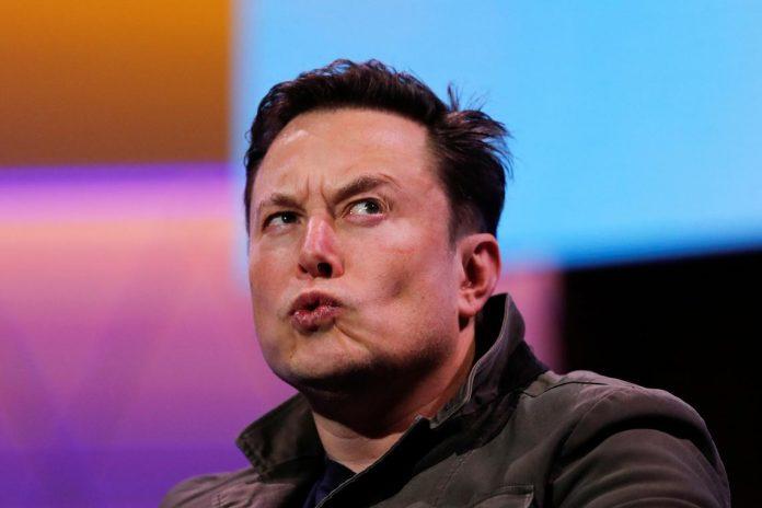 Elon Musk Unfazed by Daimler's EV Push, but Should He Be? – CCN.com