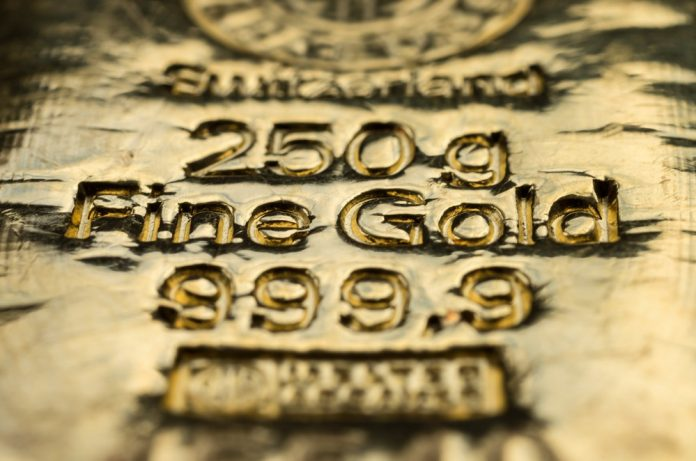 Gold Price Threatens Monthly Lows as Investors Buy China Trade-Deal Hype