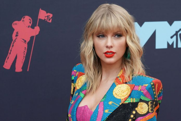 Taylor Swift Bites the Hand That Made Her Rich and Famous