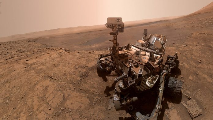 NASA team is controlling the Mars Curiosity rover from home — take a look at their work from home setups – CNBC