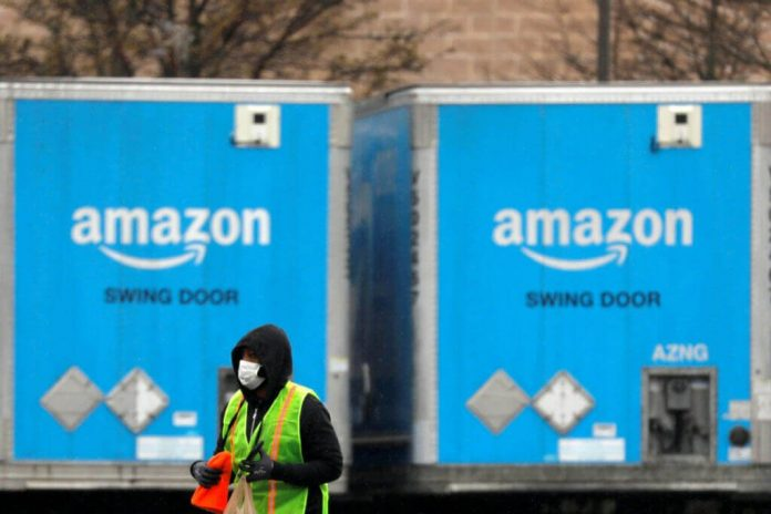 Amazon Stops Taking Game Pre-Orders – Twitter Users Throw a Tantrum
