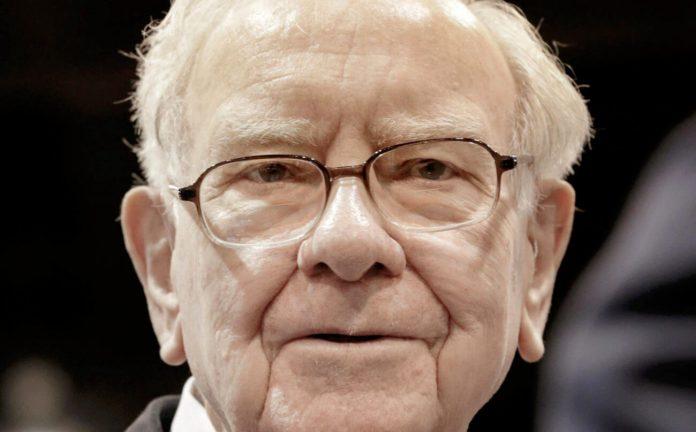 Warren Buffett Joins the Chorus of Billionaires Warning of a Stock Market Crash