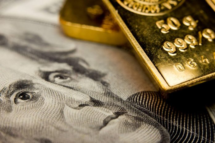 Gold Price Falls to 2-Week Low Because Global Lockdowns are Easing