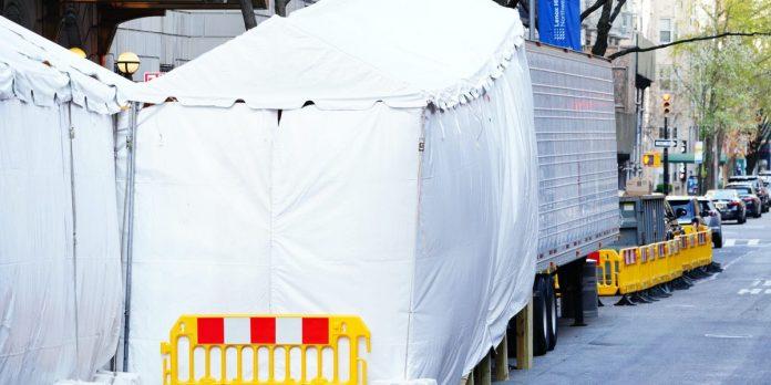 Arizona, Texas request refrigerated trucks to hold coronavirus dead – Business Insider
