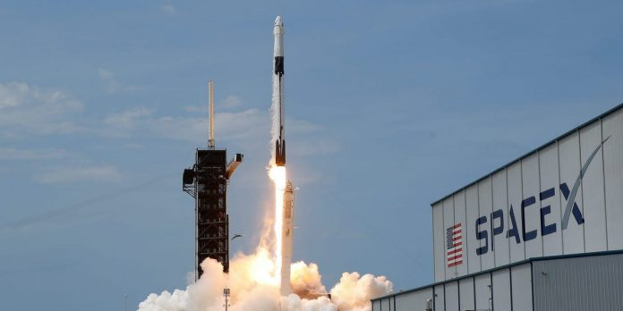 SpaceX may attempt 3 rocket launches on Sunday – Business Insider – Business Insider