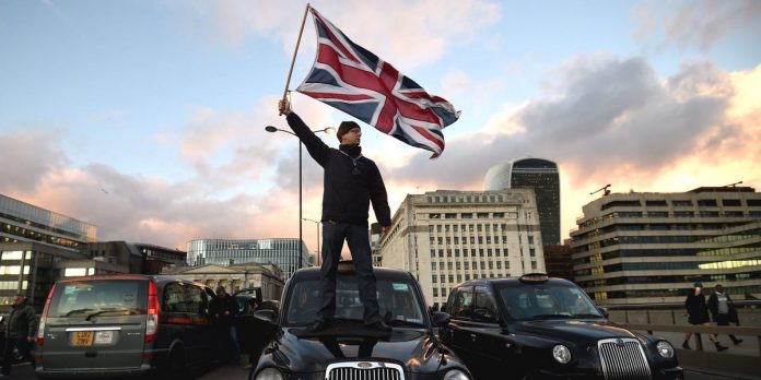 Uber secures its London future by winning a court battle with the city's transport body – Business Insider