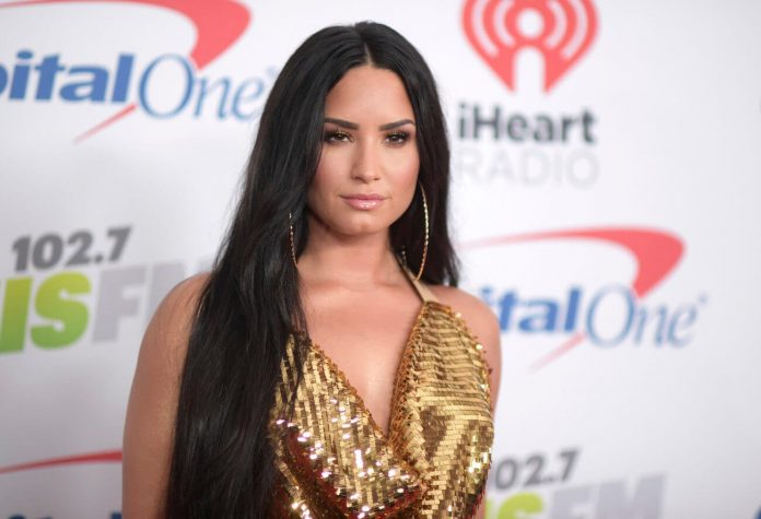 Demi Lovato Proves Why Celebrity Relationships Are a Joke